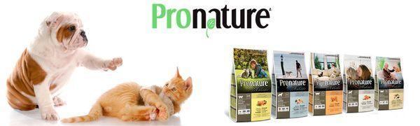 Корм Pronature выпускает как для кошек, так и для собак